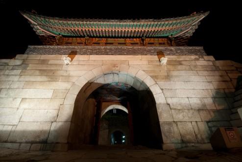 Changuimun at night