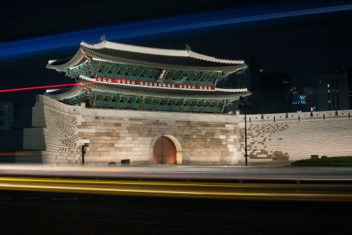 Sungnyemun at night